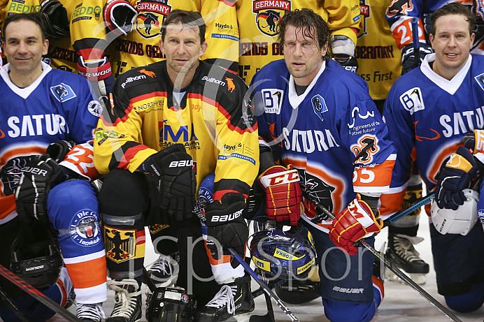 Eishockey - Herren - DEL - Saison 2019/2020 -  ERC Ingolstadt Legenden—Team 2020 - Sternstunden-Team -  Foto: Ralf Lüger